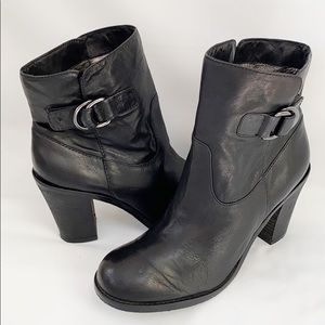 Banana Republic Black Leather Ankle Boots Buckle